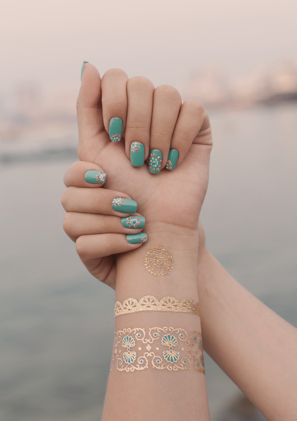 How To Get A Perfect, Easy Gel Manicure At Home